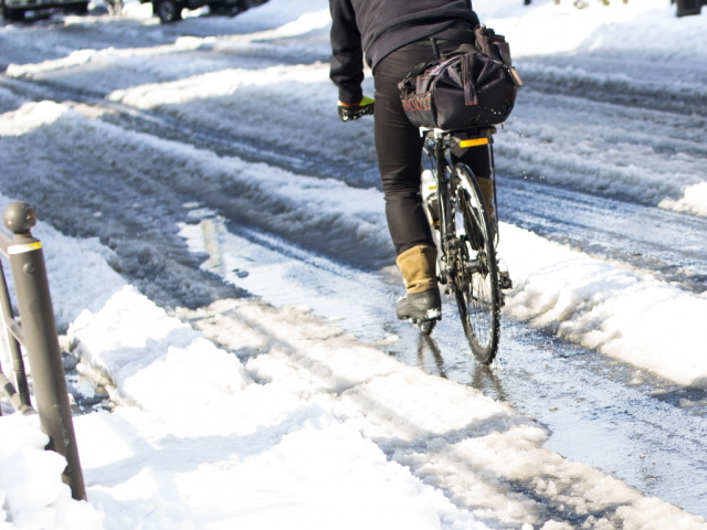 自転車でスキー